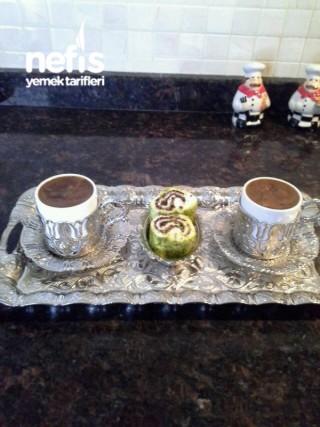 Pekmez Tahin Karışımı Türk Kahvesi