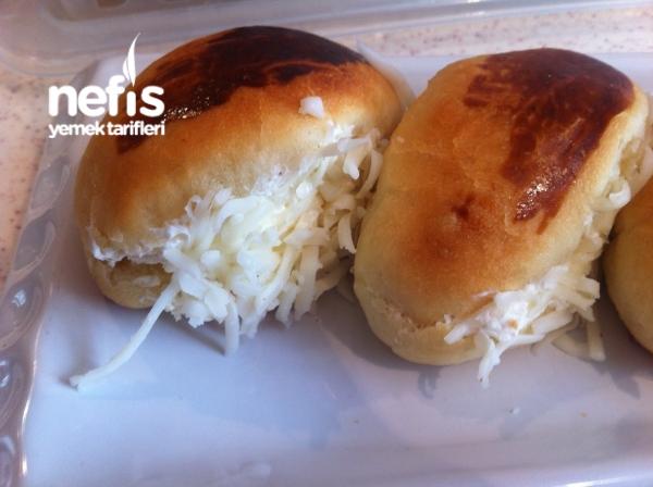 Minik Peynirli Sandviçler ( Sakallı)
