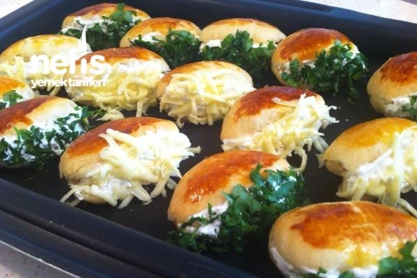 Minik Peynirli Sandviçler (Sakallı) Tarifi