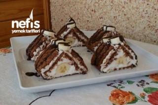 Parfe Tadında Soğuk Piramit Pasta Tarifi