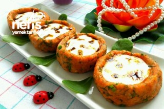 Yoğurtlu Patates Çanakları Tarifi