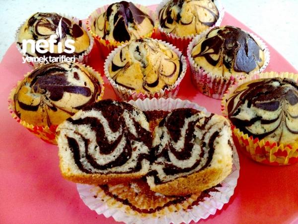 Muffin Kalıbında Zebra Kek