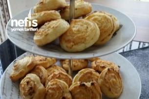 Krempeynirli Rulo (Frischkäseschnecken) Tarifi