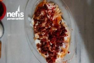 Yoğurtlu Kıymalı Soslu Patates Kızartması Tarifi