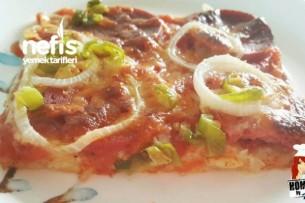 Pratik ve Hızlı Pizza Tarifi
