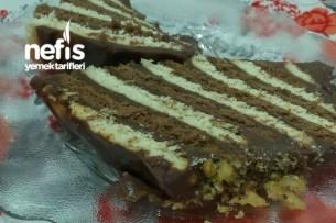 Bisküvili Baton Pasta (Kalıp Kullanmadan) Tarifi
