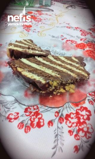 Bisküvili Baton Pasta (kalıp Kullanmadan)