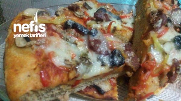 Tam Buğday Unundan Pizza