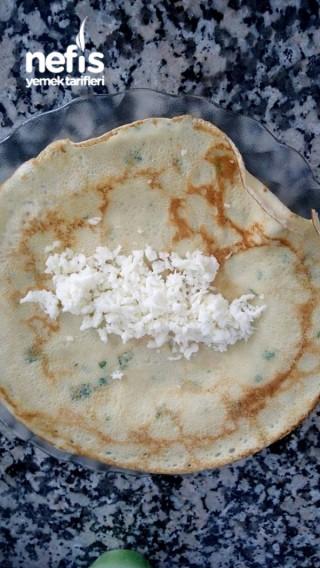 Bol Otlu Peynirli Krep ( Pazar Kahvaltılarının Vazgeçilmez Lezzeti :)