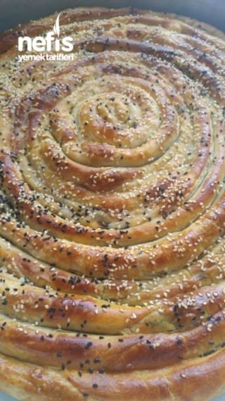 El Açmasi Ispanaklı Börek