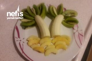 Çocuklar İçin Meyve Tabağı 2 (Palmiye Ağacı) Tarifi