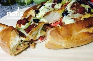 Köy Ekmeğinden Pizza (Farklı Ve Pratik) Tarifi