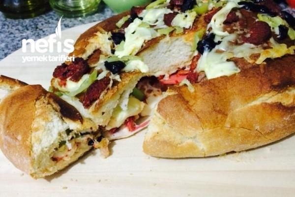 Köy Ekmeğinden Pizza (Farklı Ve Pratik)