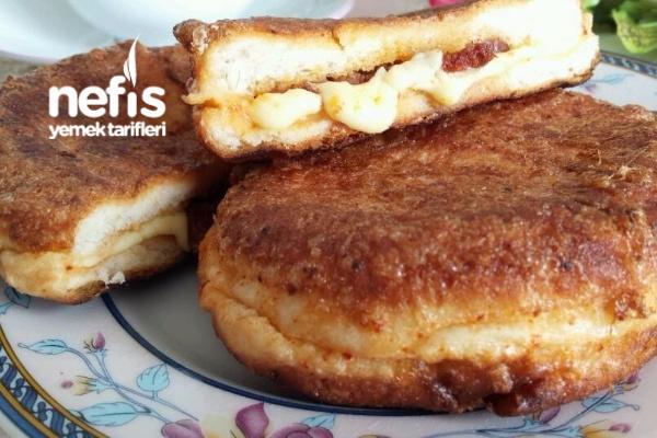 Yumurtalı Ekmek(İç Malzemeli) Tarifi