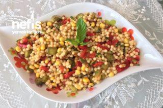 Köz Biberli Mısırlı Kuskus Salatası Tarifi