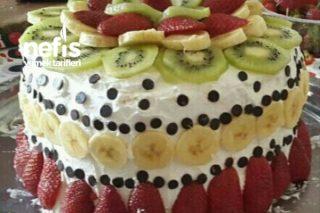 Meyveli Enfes Yaş Pasta (Pratik) Tarifi