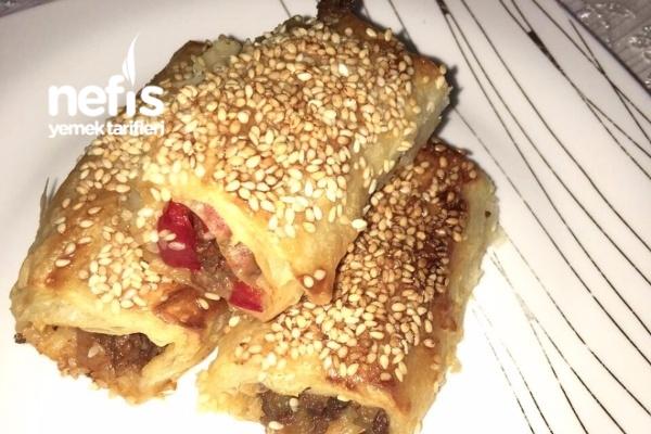 Kıymalı Patlıcanlı Rulo Börek Tarifi