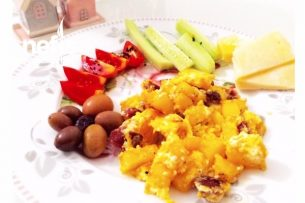 Sucuklu Yumurtalı Patates Tarifi