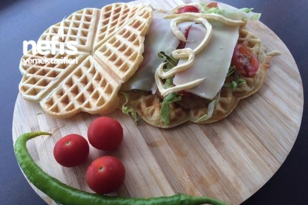 Tuzlu Waffle Burger Tarifi
