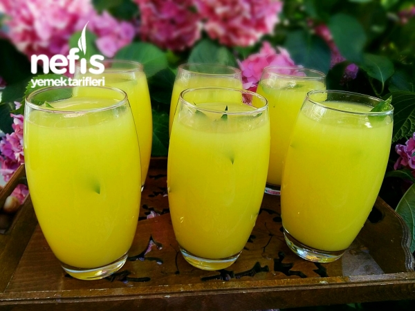 Buz Gibi Limonata Yapımı (Dondurucudan)