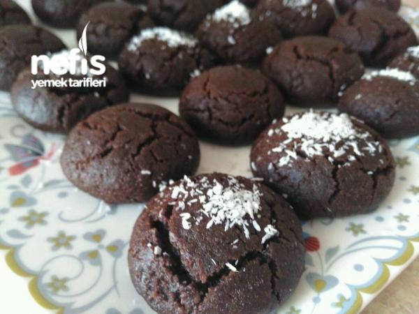 Sütlü Brownie Kurabiye (Bol Soslu)