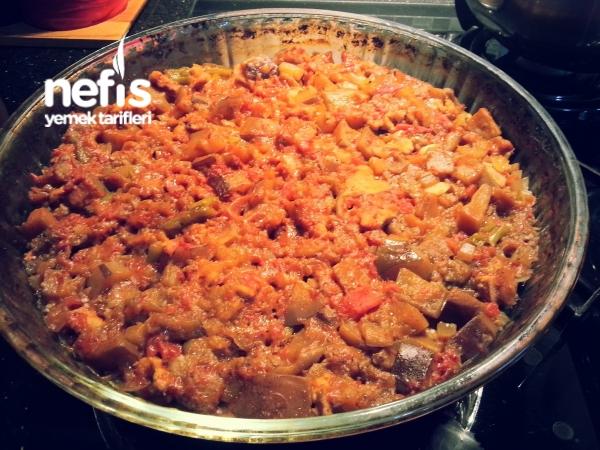 Fırında Tavuk Etli Patlıcan (Konserve Patlıcan)