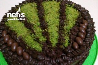 Hazır Pandispanyadan Çikolatalı Yaş Pasta Tarifi