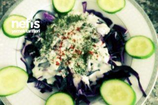 Mayonezli Kırmızı Lahana Salatası Tarifi