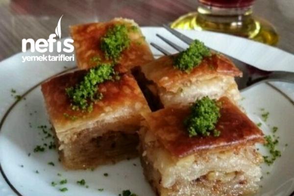 Nefis Sucuklu Kaşarlı Ekmek Yapımı