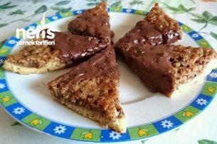 İkramlık Çikolatalı Fındık Köşeleri Tarifi
