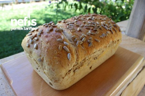Kuru Domatesli Kepekli Ekmek