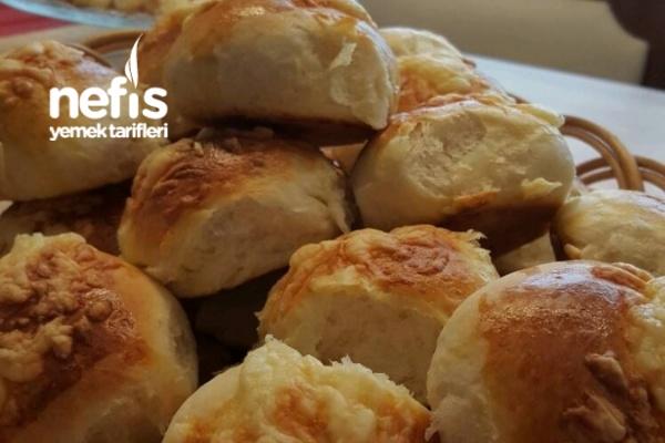 Üzeri Peynirli Boş Sandviçler Tarifi
