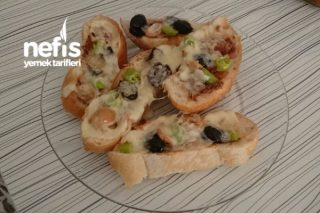 Kolay Pizza (Kahvaltı Pizzası) Tarifi