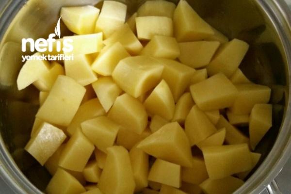 Beşamel soslu püreli Köfte