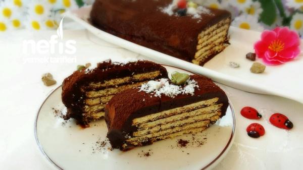Çikolatalı Bisküvili Soğuk Pasta
