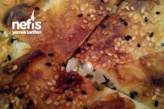 Kolay Börek (Hazır Yufka İle) Tarifi