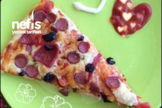 Salamlı/Sosisli Pizza Tarifi