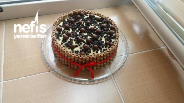 Efsane Rulo Katlı Yaş Pasta
