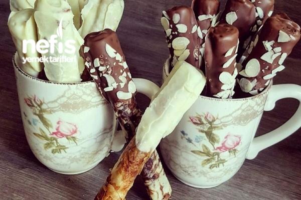 Çikolatalı Baklava Yufkasından Çubuk Kraker