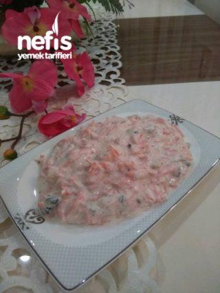 Cevizli Havuc Salatası