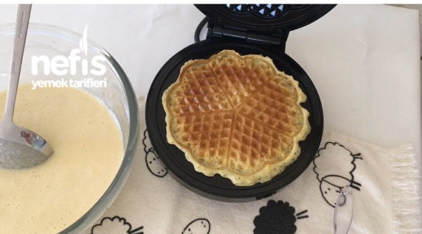 Yumuşacık Waffle Pastası