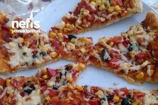 Dolgu Kenar Pizza( Vejeteryan) Tarifi