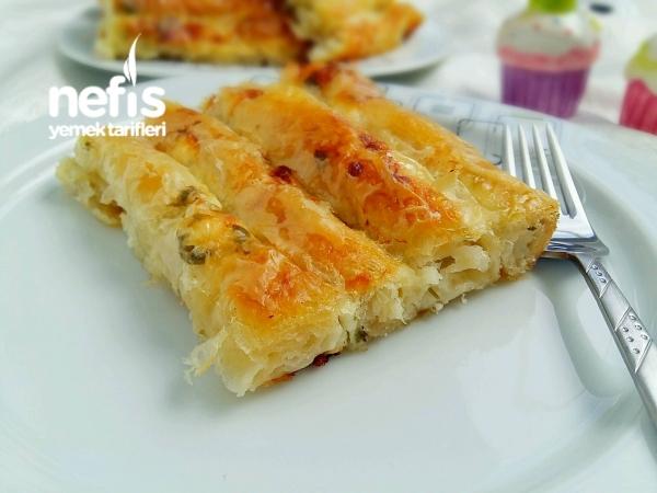 Pratik Peynirli Çıtır Börek