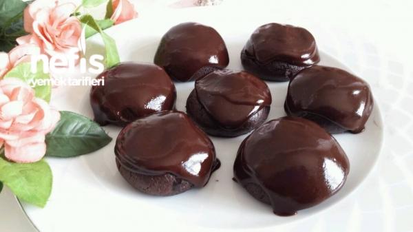 Çikolata Soslu Browni Kurabiye