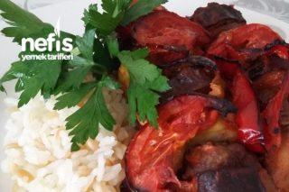 Yoğurt Soslu Köfteli Sebze Kebabı Tarifi