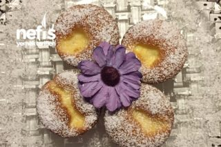 Vanilya Puding Dolgulu Müthiş Muffinler (Bu Tarif Kaçmaz) Tarifi