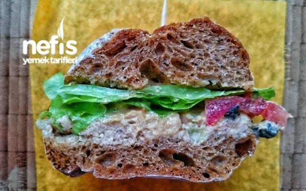 Subway Ton Balıklı Sandviç