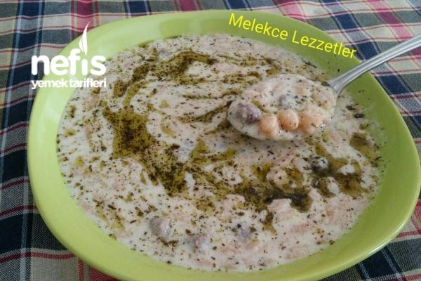 Köfteli Şehriyeli Lebeniye Çorbası Tarifi