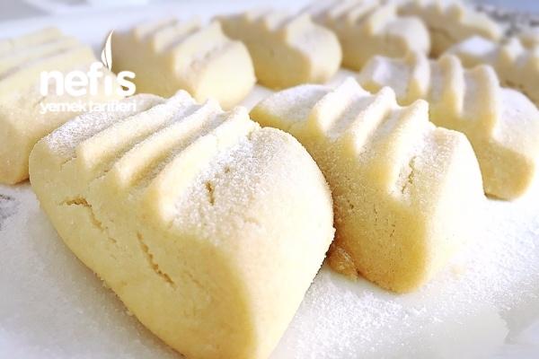 Pastane Usulü Un Kurabiyesi Tarifi
