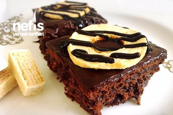 Kolay Bisküvi Pastası (5 Dakikada) Tarifi